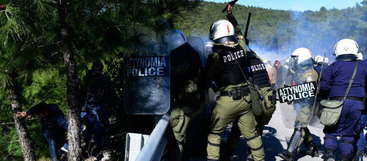 ΕΚΤΑΚΤΟ: Φεύγουν οι δυνάμεις των ΜΑΤ από Λέσβο και Χίο – Τέσσερις διμοιρίες αποκλεισμένες σε στρατόπεδο στην Παγανή