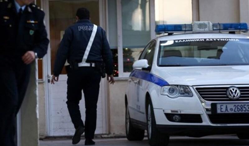 Πάτρα: Καταδίωξη για 20χρονες που έκλεψαν αυτοκίνητο