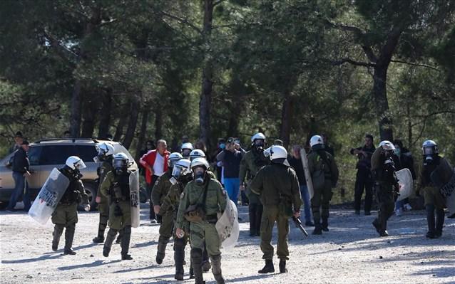 Μυτιλήνη: Τραυματίες από πυρά κυνηγετικού όπλου δύο αστυνομικοί