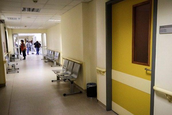 Κορονοϊός: Τέλος τα επισκεπτήρια στα νοσοκομεία