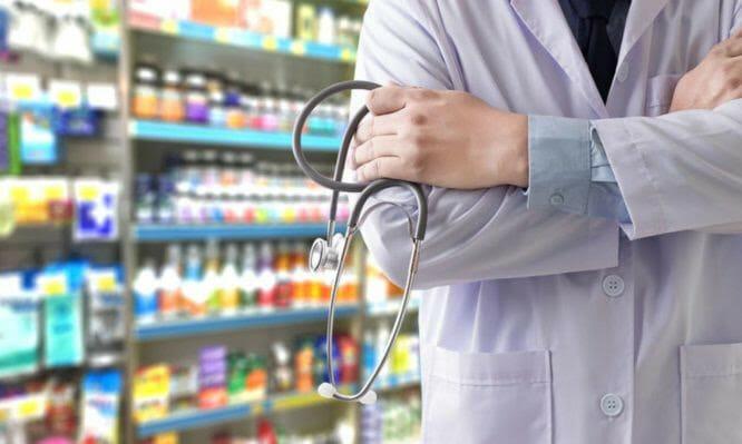 Διάθεση ογκολογικών φαρμάκων από τα Φαρμακεία: Υπογράφηκε η σύμβαση Φαρμακοποιών – ΕΟΠΥΥ