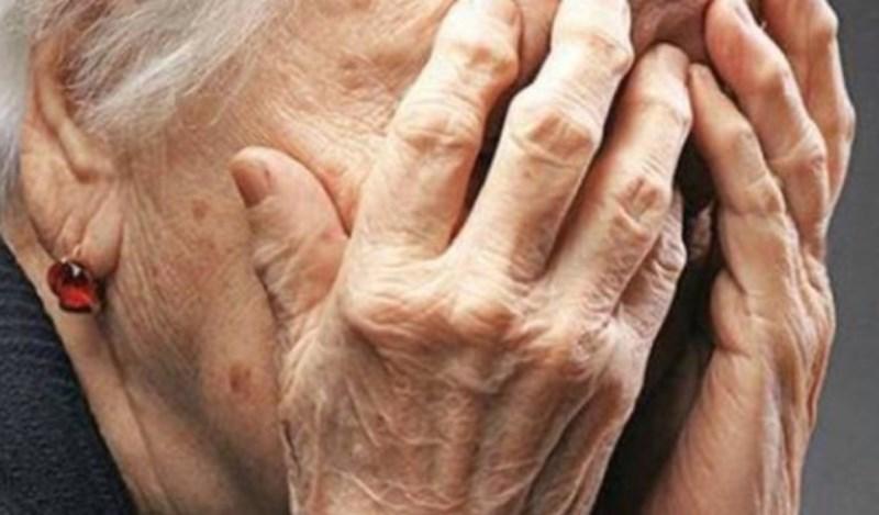 Εύβοια: Εφιαλτική νύχτα για 80χρονη – Ληστές «μπούκαραν» τη νύχτα στο σπίτι