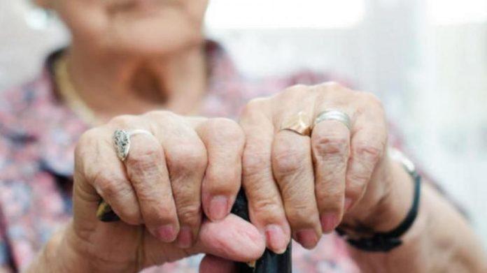 Ανώγεια: Οργή για τη ληστεία με θύμα μία ηλικιωμένη – Την βασάνισαν για πάνω από δύο ώρες