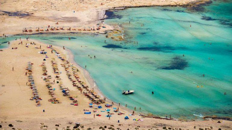 """""""Ψηφίζουν"""" Κρήτη και φέτος οι τουρίστες"""