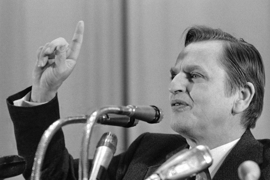 Σαν σήμερα: Η δολοφονία του Σουηδού πρωθυπουργού Ούλωφ Πάλμε
