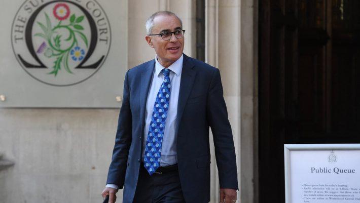Μισθός 24.000 ευρώ την ημέρα: Ο δικηγόρος – σταρ που προσέλαβε η Σίτι για τη μεγάλη ανατροπή