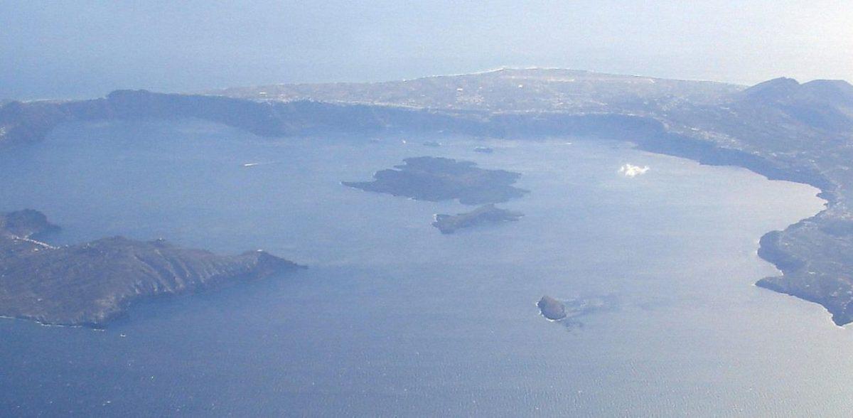Σαντορίνη: Αυτό είναι το σχέδιο σε περίπτωση που «ξυπνήσει» το ηφαίστειο