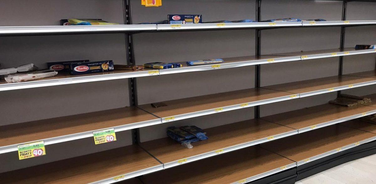 Κοροναϊός: Και τέταρτος νεκρός στην Ιταλία – Άδειασαν τα σούπερ μάρκετ