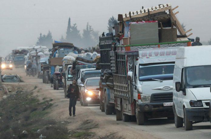 Σχεδόν 700.000 οι εκτοπισμένοι στην Ιντλίμπ – Η μεγαλύτερη μετακίνηση στη διάρκεια του πολέμου