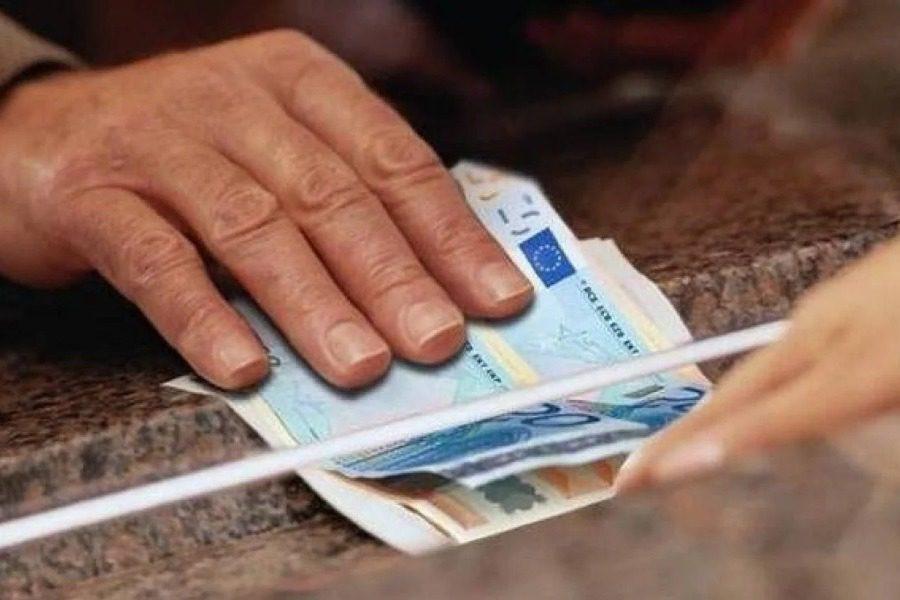 Σταϊκούρας: Ποιοι εργαζόμενοι θα σταματήσουν να παίρνουν το επίδομα των 800 ευρώ