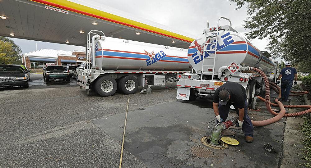 Σαουδική Αραβία εναντίον Ρωσίας: Η μάχη του πετρελαίου και ο κορονοϊος