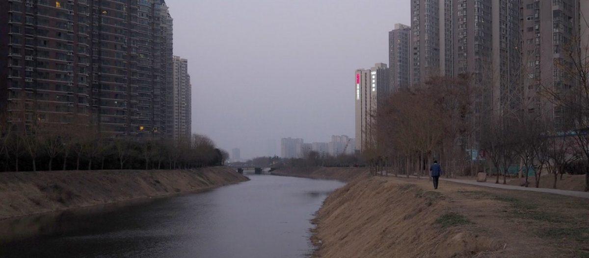 Covid-19: Κίνδυνος παγκόσμιας οικονομικής και κοινωνικής κατάρρευσης – Γιατί οι άνθρωποι εγκαταλείπουν τις πόλεις