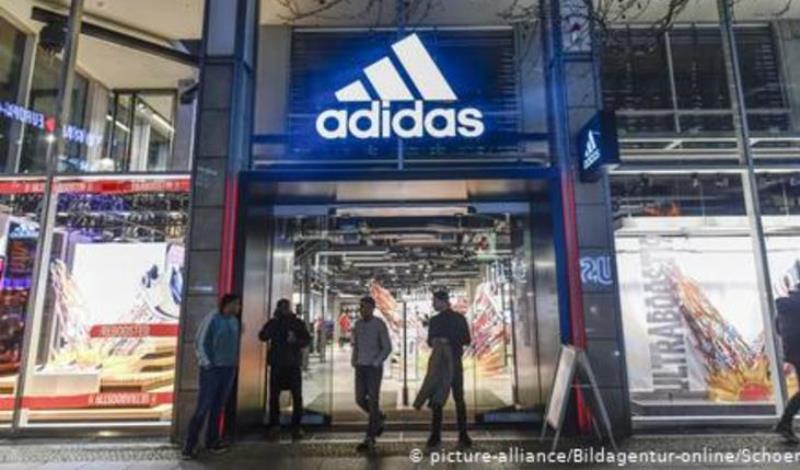 """Κορωνοϊός: """"Δεν πληρώνω"""" λένε Adidas και H&M"""