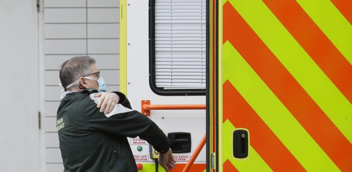 Υπερδιπλασιάστηκαν οι θάνατοι στη Βρετανία – 367 νεκροί σε 24 ώρες