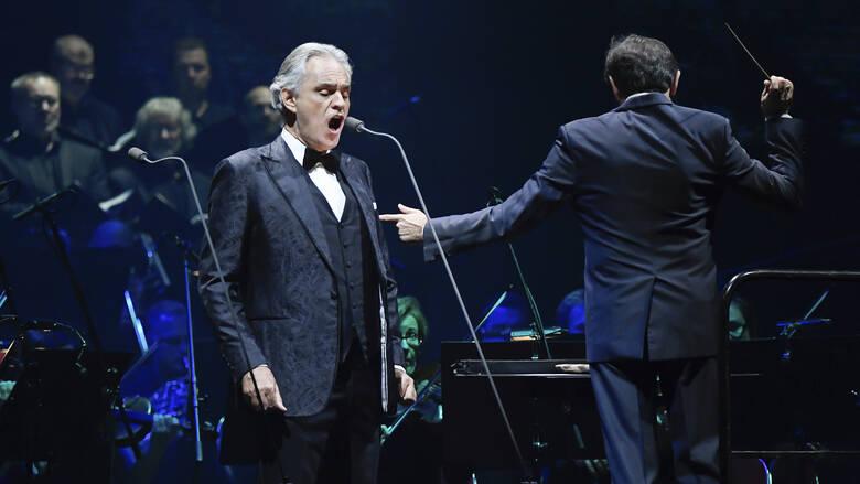 Μιλάνο: Πάσχα με συναυλία του Αντρέα Μποτσέλι σε άδεια πλατεία