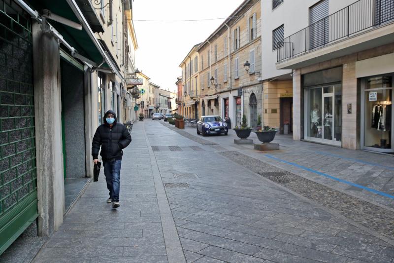 Ιταλία: Στην Λομβαρδία απαγορεύτηκε και η ατομική άθληση εκτός σπιτιού -800 νεκροί σε μια μέρα