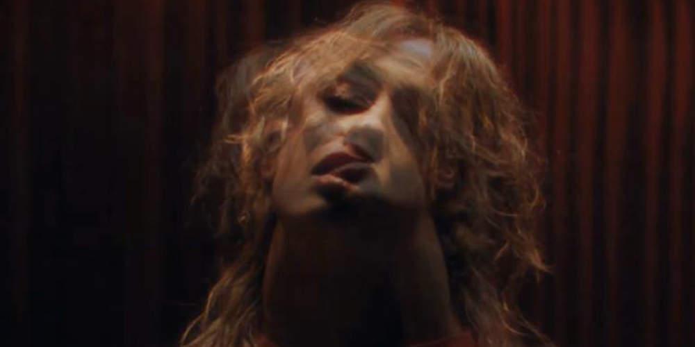 Πιο «καυτή» από ποτέ η Φουρέιρα στο νέο της βίντεο κλιπ [βίντεο]