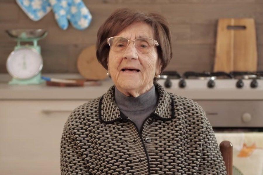 Oι συμβουλές της Ιταλίδας γιαγιάς για τον κορωνοϊό που ξεπέρασαν τα 2 εκατ. views