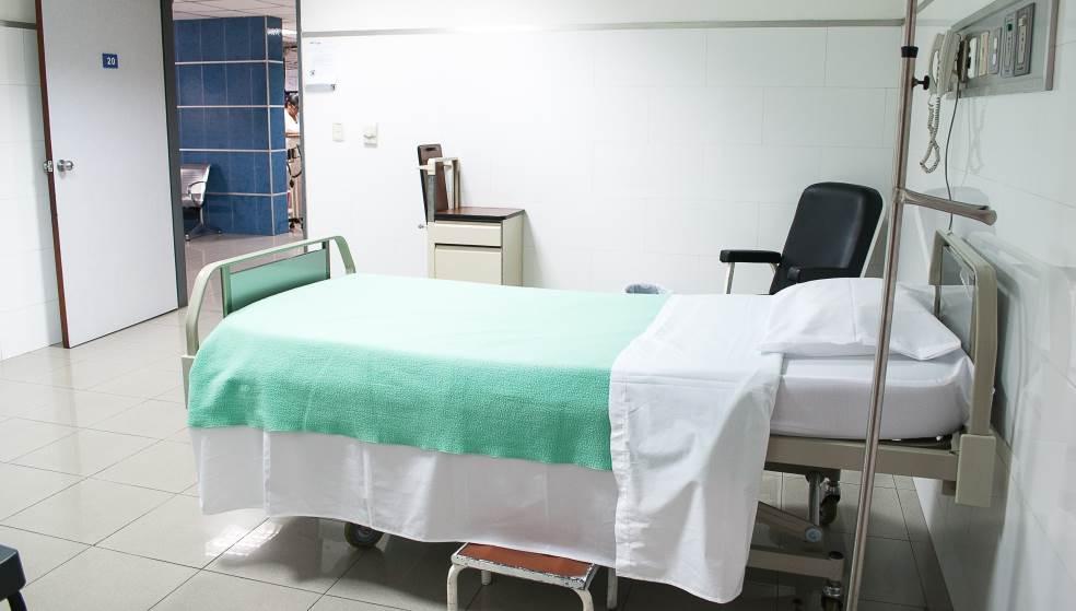 Πέθανε γυναίκα που νοσηλευόταν με κορωνοϊό στη Λέσβο