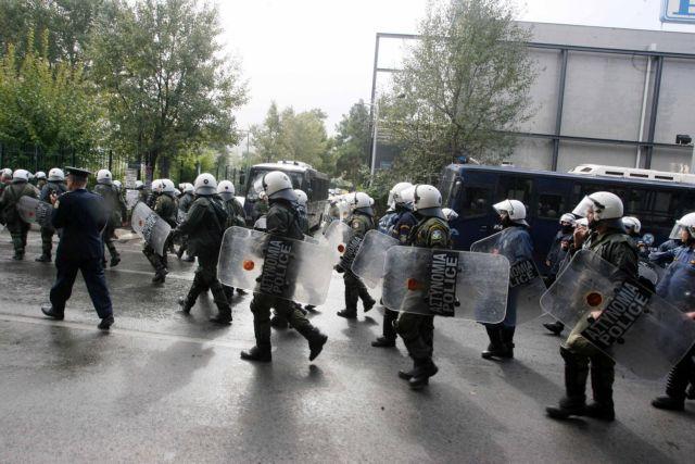Πρώτο κρούσμα στα ΜΑΤ και 15 συνάδελφοί του σε καραντίνα