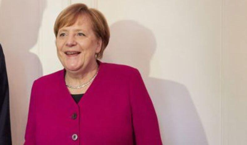 Κορονοϊός: Η Μέρκελ δήλωσε έτοιμη να συνεισφέρει περισσότερα στον ευρωπαϊκό προϋπολογισμό