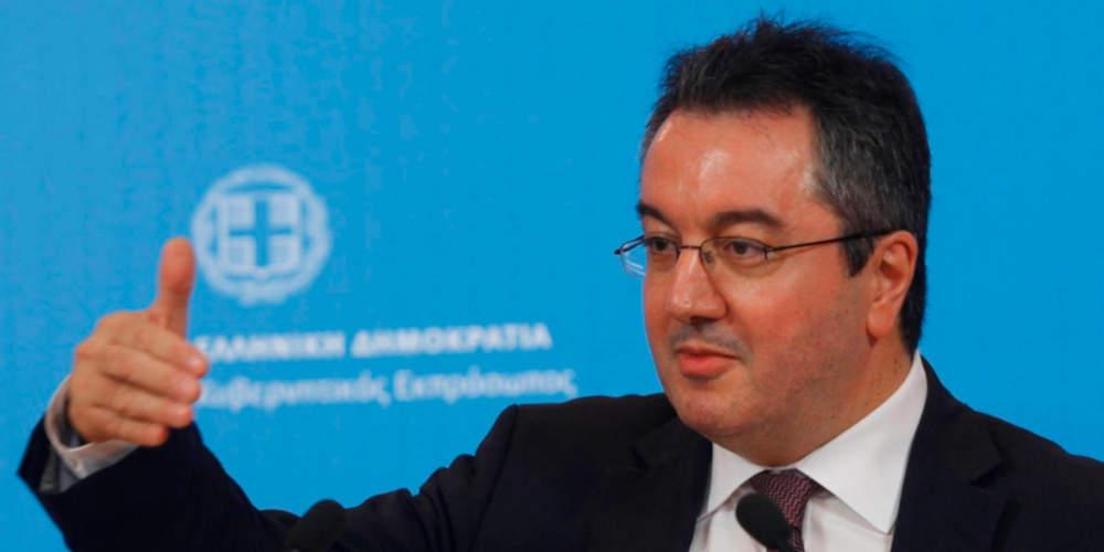 Ο Ηλίας Μόσιαλος εκπρόσωπος της Ελλάδας σε διεθνείς οργανισμούς για τον κορωνοϊό