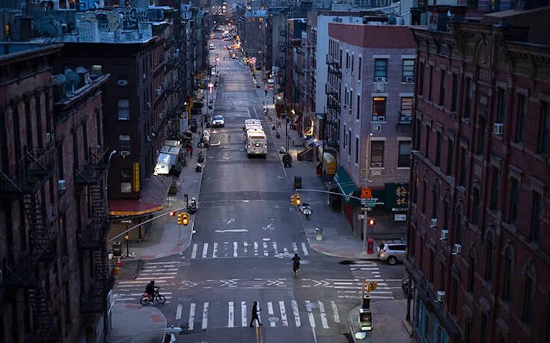 Νέα Υόρκη: Υπό μεγάλη πίεση τα νοσοκομεία – Σε 2-3 εβδομάδες η κορύφωση της επιδημίας