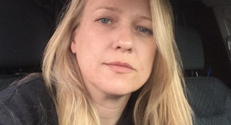 Εξοργιστικό: Διευθυντής έστειλε σε εργαζόμενη χιλιάδες σεξουαλικά μηνύματα και ημίγυμνες σέλφι – Απείλησε να τη θάψει αν το πει (pic)
