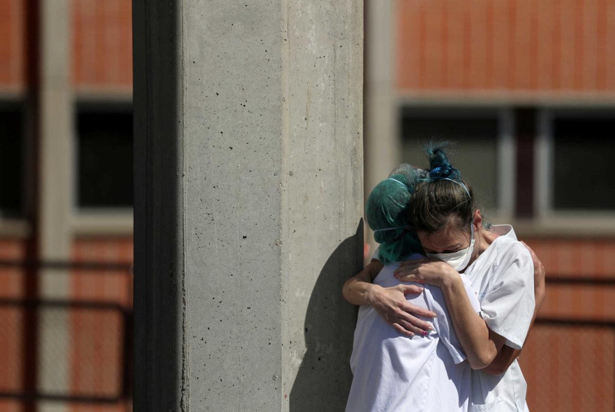 Ισπανία: 769 νεκροί σε μια ημέρα! Θερίζει ο κορονοϊός