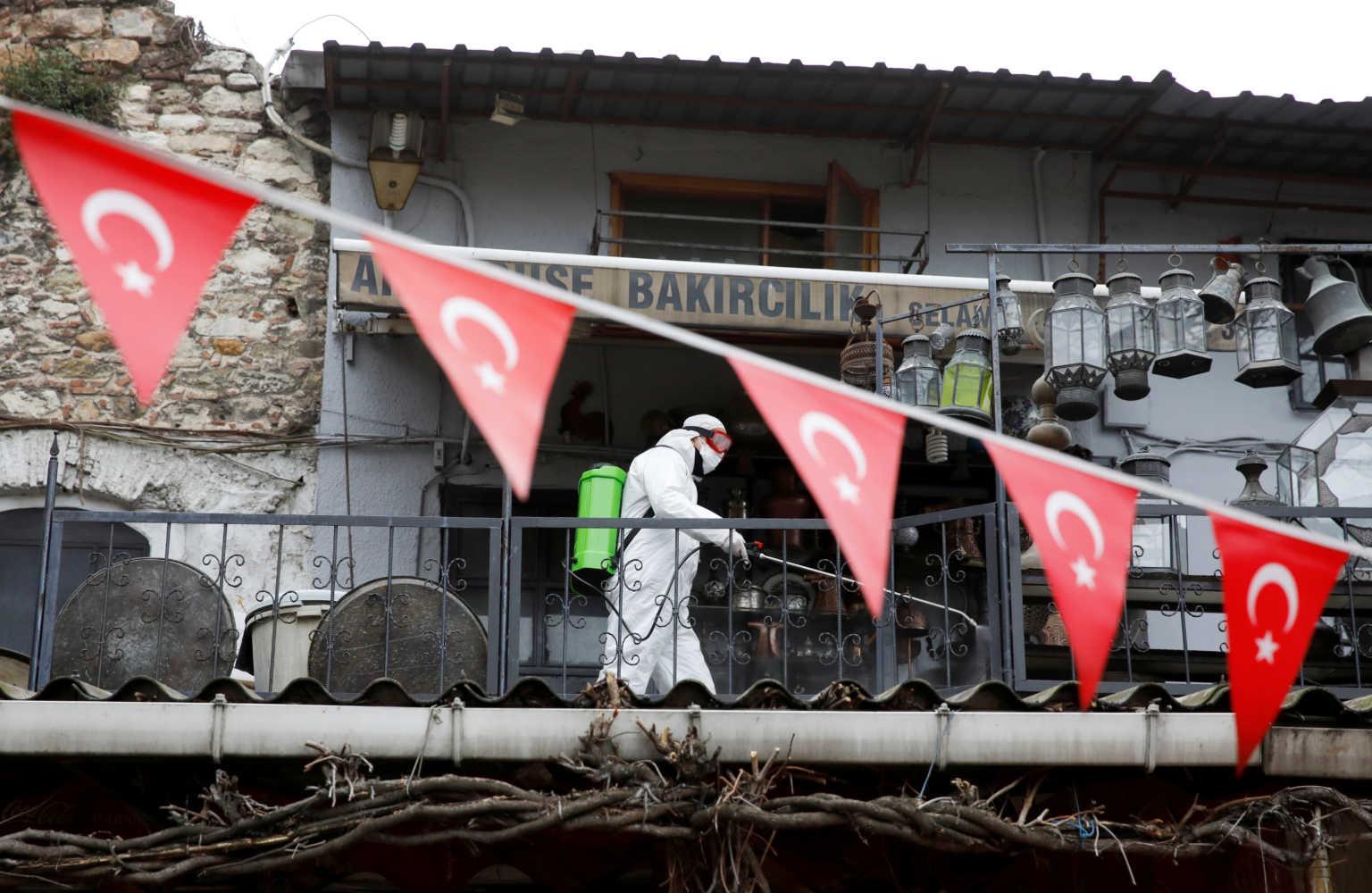 Στοιχεία σοκ για τον κορονοϊό στην Τουρκία: Μία… ανάσα από τον εφιάλτη της Ιταλίας