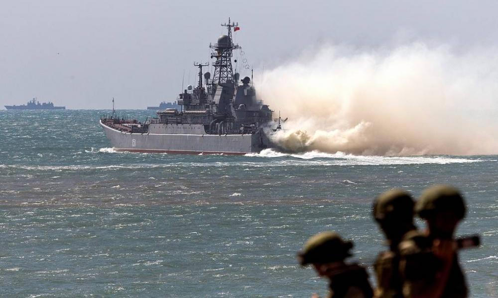"""Αυξημένη ένταση ΝΑΤΟ-Ρωσίας στη Μ. Θάλασσα: Eλληνικό αεροσκάφος """"σάρωσε"""" ρωσική αεροναυτική άσκηση"""