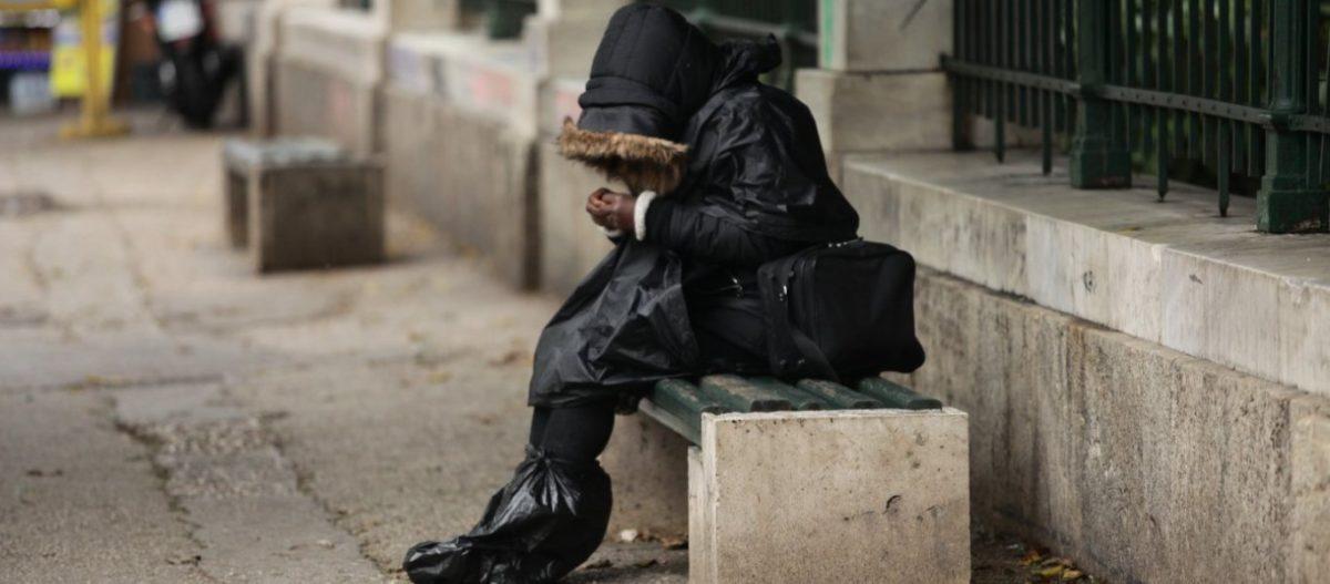 Ύφεση 15% – Απώλειες εσόδων μέχρι και 64 δισ. ευρώ – Πως θα αντεπεξέλθει η ελληνική οικονομία μετά τον κορωνοϊό
