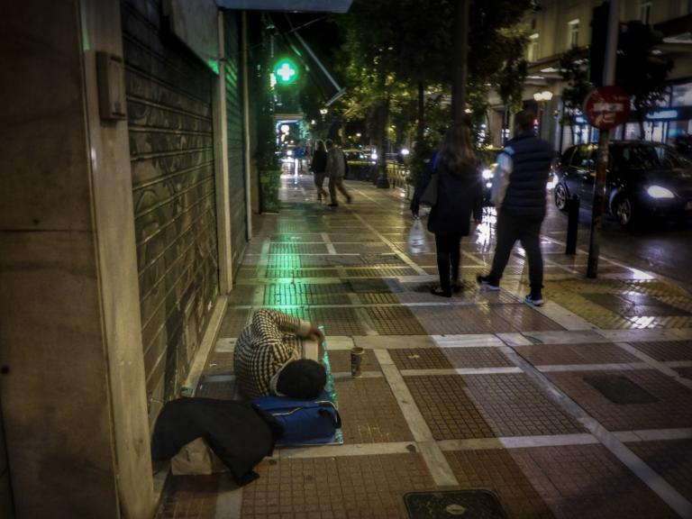 Διαγράφονται τα πρόστιμα για άσκοπη μετακίνηση που βεβαιώθηκαν σε άστεγους της Θεσσαλονίκης