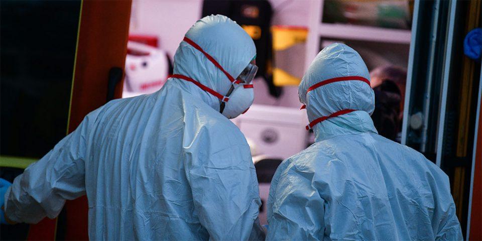 «Έσπασε» το φράγμα των 10.000 νεκρών στις ΗΠΑ – 352.249 τα κρούσματα