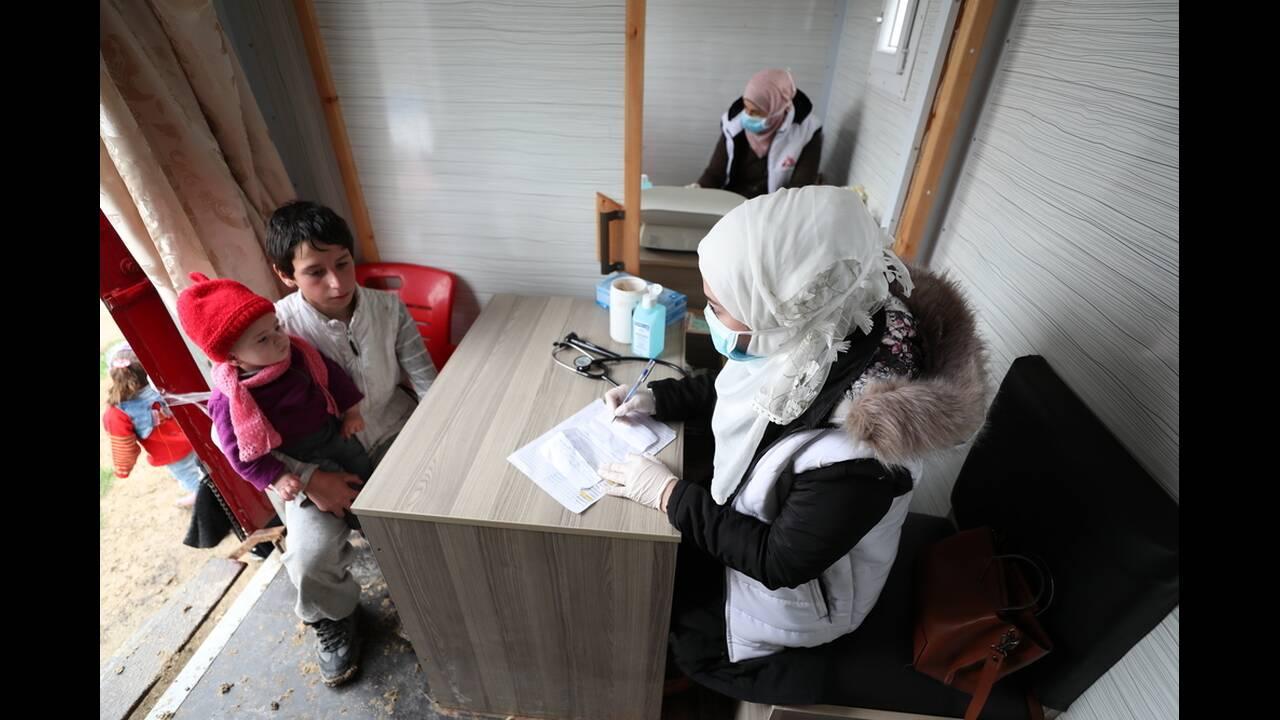 Κορωνοϊός στην εμπόλεμη Συρία: Σύνθετες προκλήσεις, σκληρές επιλογές