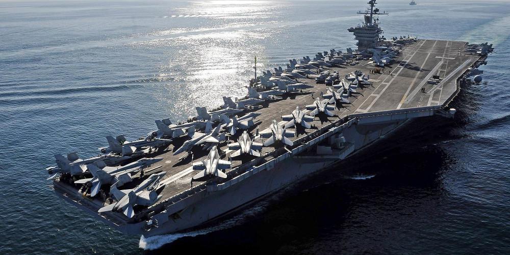 Ανατροπή: Την αποκατάσταση του πλοιάρχου του αεροπλανοφόρου Roosevelt ζητά το Πολεμικό Ναυτικό