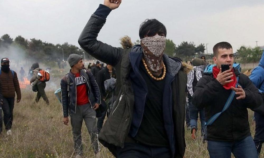 """Σοκάρουν τα μηνύματα αλλοδαπών: """"Κάψτε την Ελλάδα!"""" – Σχέδιο εσωτερικής αποσταθεροποίησης"""