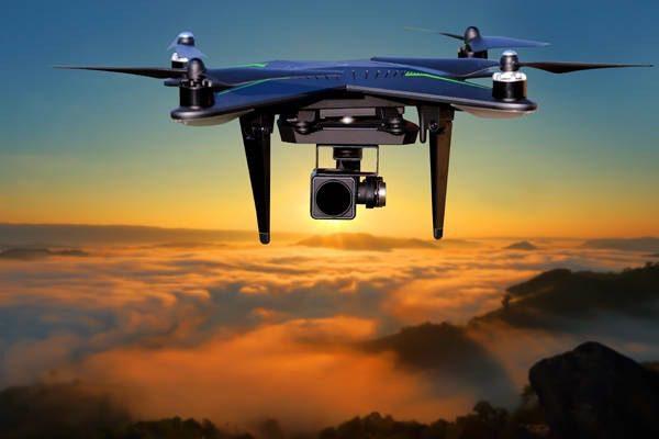 Τα drones του κορωνοϊού: Θα μετρούν θερμοκρασία και θα εντοπίζουν βήχα ή φτέρνισμα