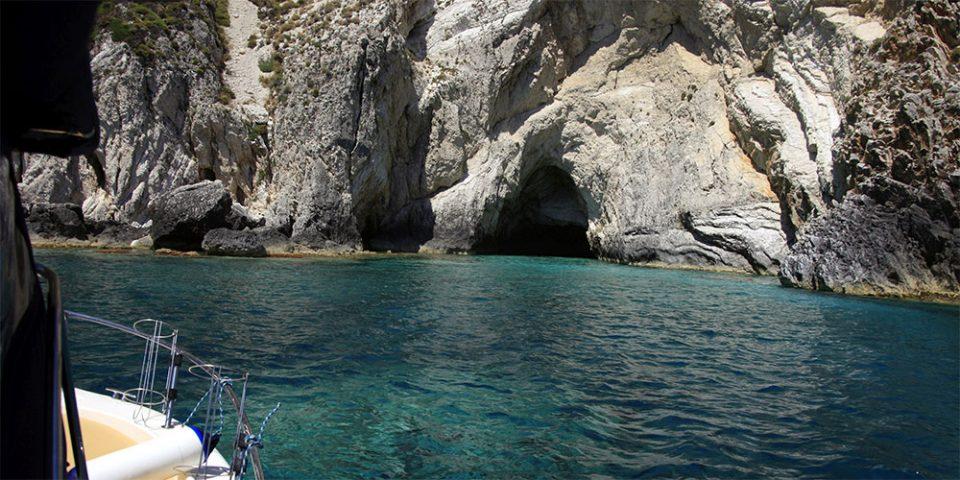 Κοροναϊός – Guardian : Νέοι έπαινοι στην Ελλάδα και αφιέρωμα στα μέτρα για τον τουρισμό