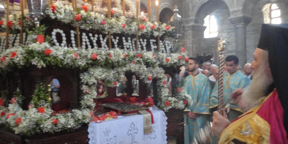 Ιερά Σύνοδος: Οι εκκλησίες την Μ. Εβδομάδα θα είναι ανοιχτές μόνο για τους ιερείς