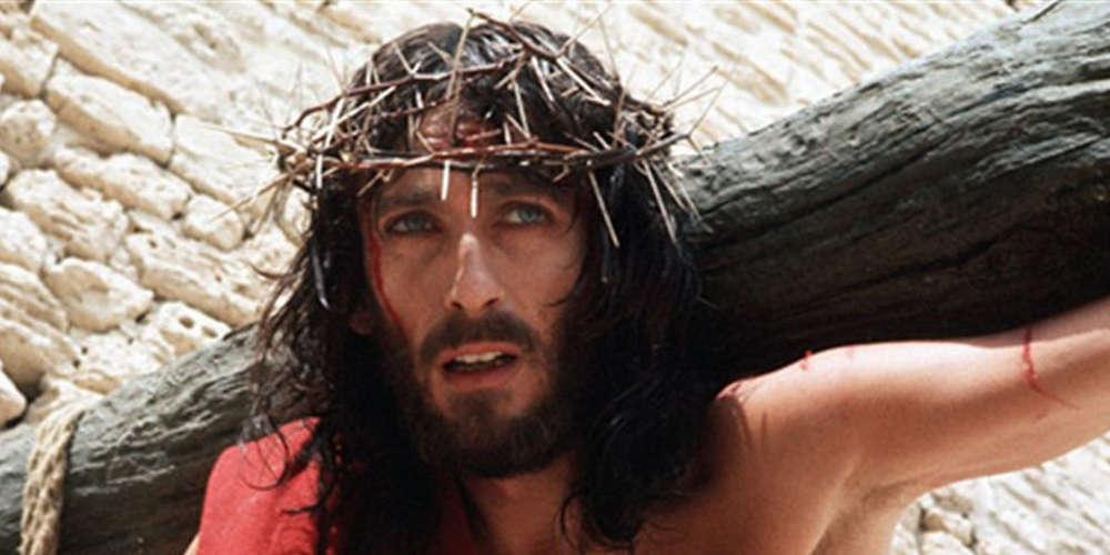 Μεγάλη Εβδομάδα και μεγάλες θρησκευτικές σειρές στην TV – Οι σταθερές αξίες & οι νέες αφίξεις