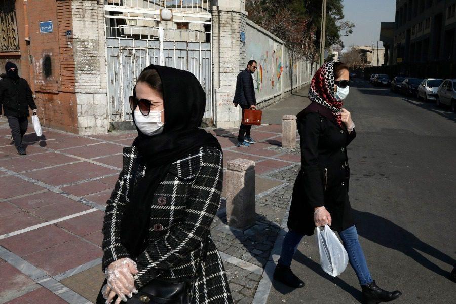 Στο Ιράν εκατοντάδες άνθρωποι πέθαναν εν μέσω κορωνοϊού από μια άλλη αιτία