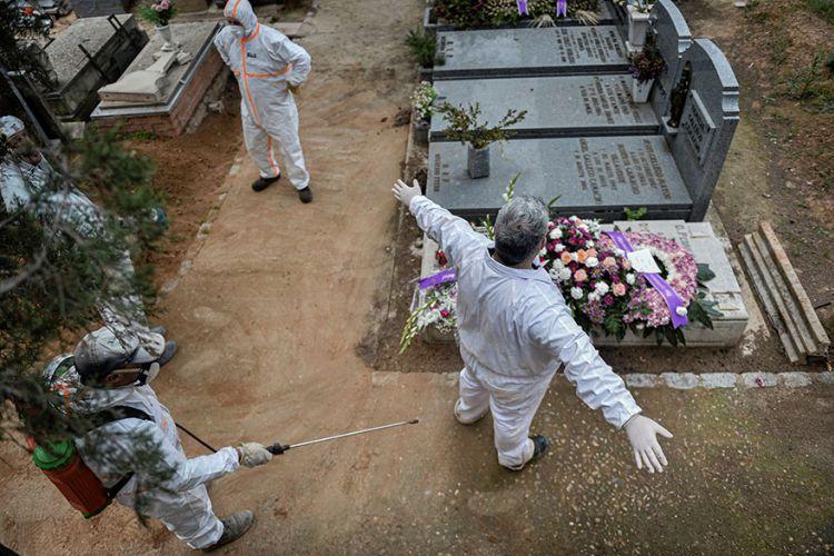 Καθηγητής επιδημιολογίας: Ανοσία αγέλης θα σήμαινε χιλιάδες νεκρούς