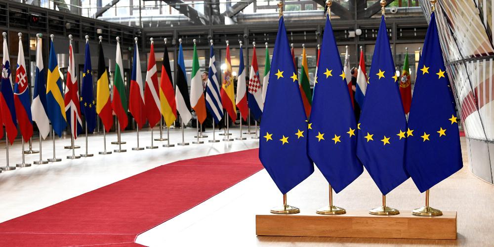 Eurogroup και κορωνοϊός: Ξεκίνησε η μεγάλη «μάχη» για να μείνει η Ευρώπη όρθια και ενωμένη