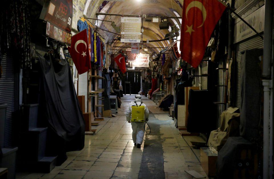 Κορωνοϊός: 574 νεκροί και 27.069 κρούσματα στη Τουρκία