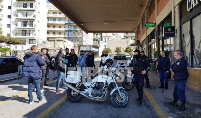 Απαγόρευση κυκλοφορίας: 19 Αλβανοί επιχείρησαν να επαναπατριστούν μόνοι τους με το ΚΤΕΛ