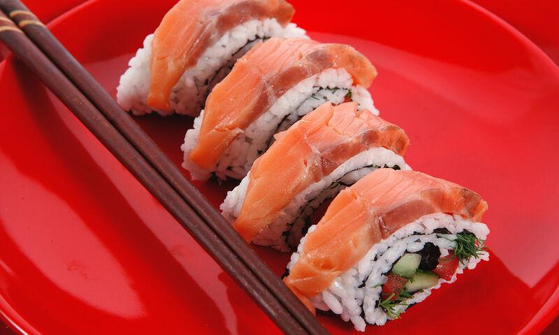 Από τι κινδυνεύουν όσοι τρώνε σούσι