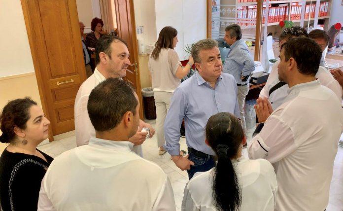 Συνάντηση με τον Περιφερειάρχη Κρήτης του Σωματείου Μαγείρων και Ζαχαροπλαστών Ηρακλείου