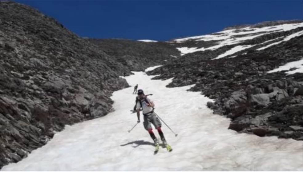 Σκι με βερμούδες στα Λευκά Όρη