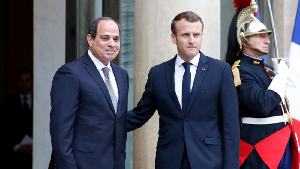 Για τις εξελίξεις στη Λιβύη συζήτησαν Μακρόν – Σίσι